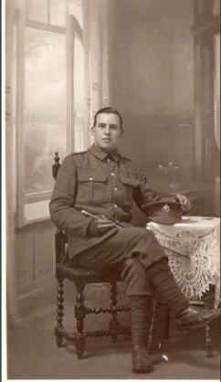 Screenshot-2018-7-6 Vincent Cooke (B4) circa 1915 (Photo 34)