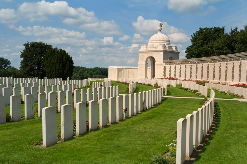 Tyne_Cot_Commonwealth_War_Graves_Cemetery